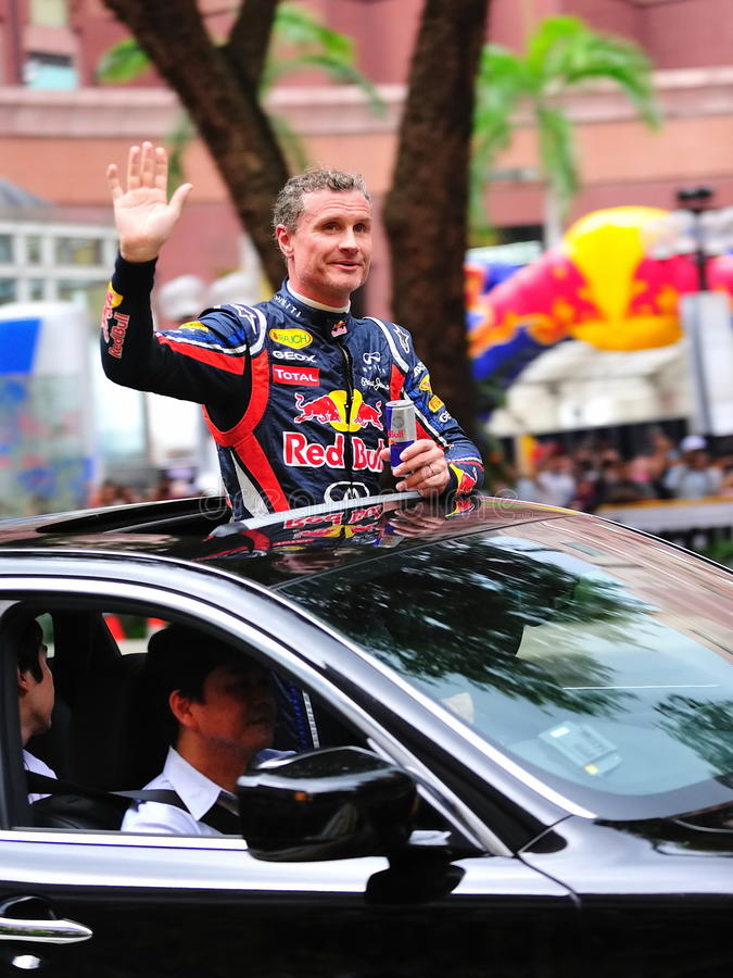 David Coulthard que acena aos espectadores fotografia de stock