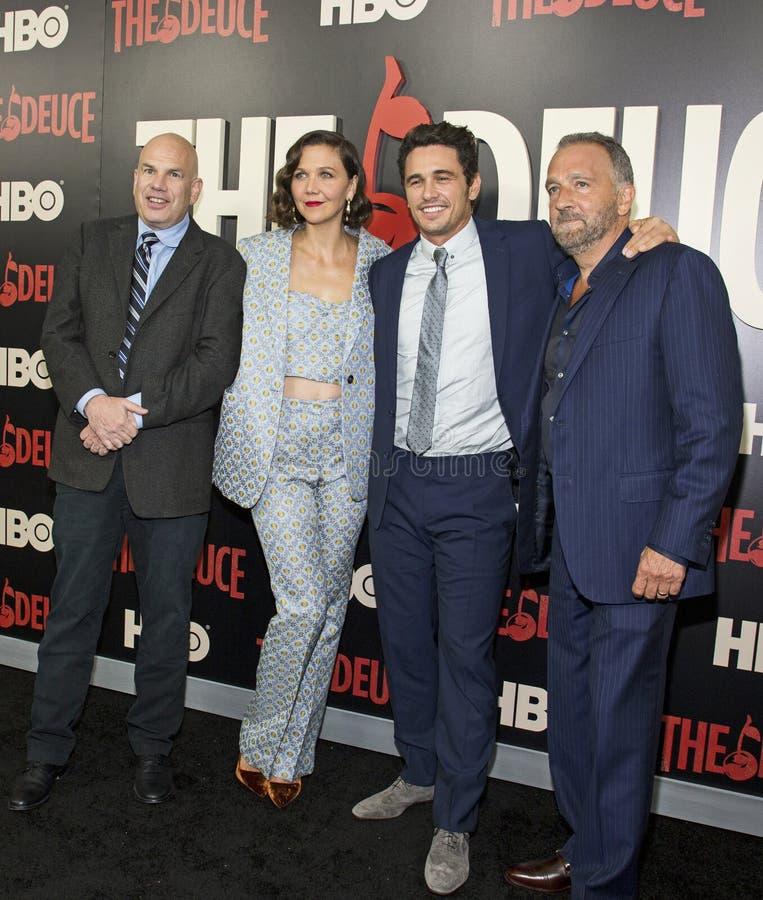 David Simon, Maggie Gyllenhaal, James Franco, et George Pelacanos photographie stock