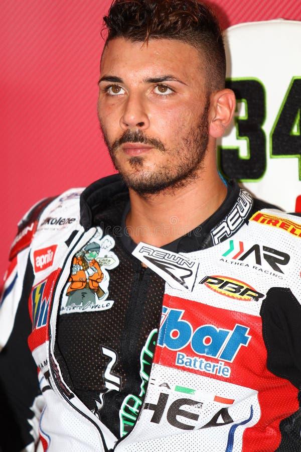 Davide Giugliano #34 на фабрике 1000 Aprilia RSV4 с Superbike WSBK гоночной команды Althea стоковые фото