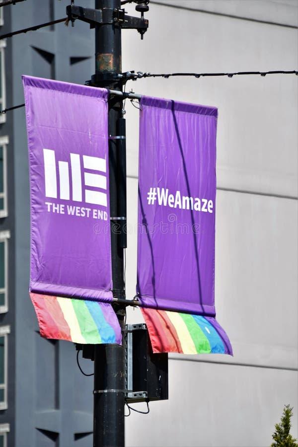 Davie St jest LGBTQ2 życzliwym ulicą obrazy royalty free