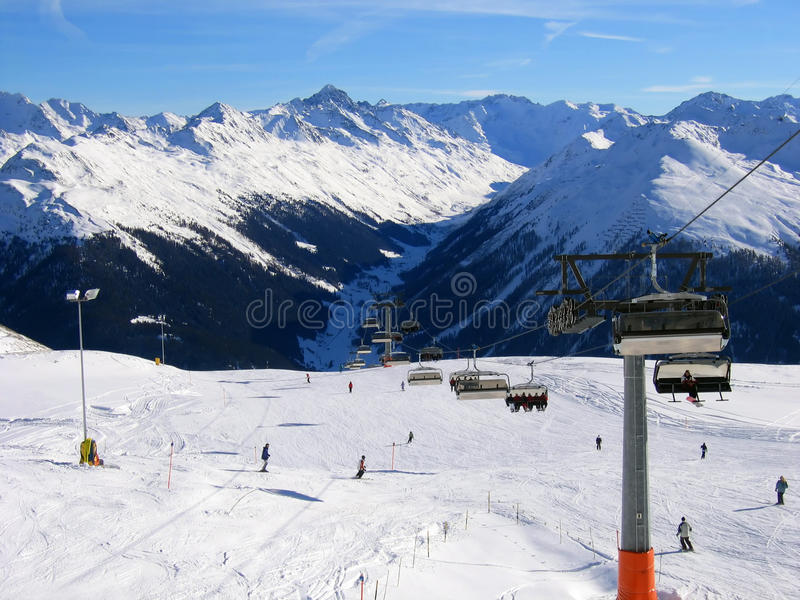 davos手段滑雪倾斜 图库摄影