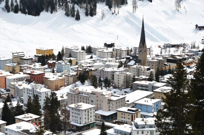 Davos, διάσημο ελβετικό να κάνει σκι θέρετρο στοκ φωτογραφίες