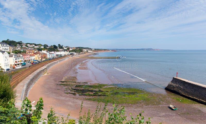 Dawlish有海滩铁路轨道和海的德文郡英国 免版税库存照片