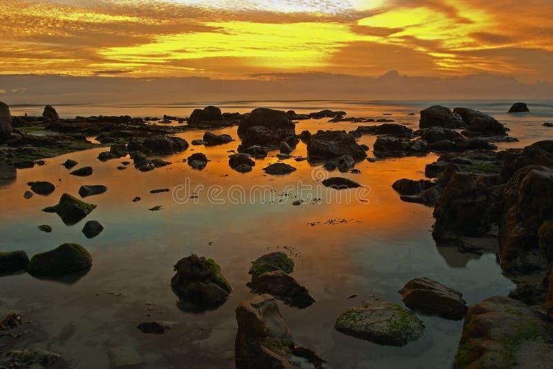 Dawn in Bezinning stock afbeeldingen