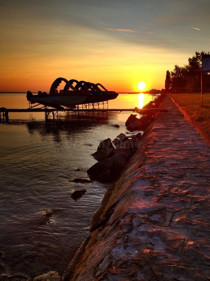 Dawn bij Meer Balaton royalty-vrije stock fotografie