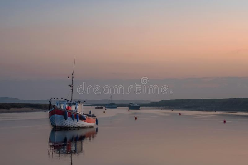 Dawn in Burnham Overy Norfolk stock foto