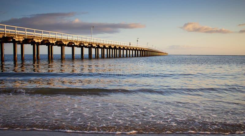Dawn Hervey Bay Jetty Australia fotografering för bildbyråer