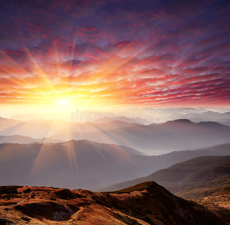 Free Dawn In Mountains Royalty Free Stock Images - 22477089