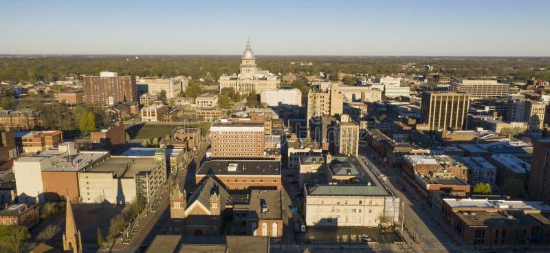 Dawn Light Hits Downtown State Kapitoliumbyggnad Springfield Illinois royaltyfri fotografi