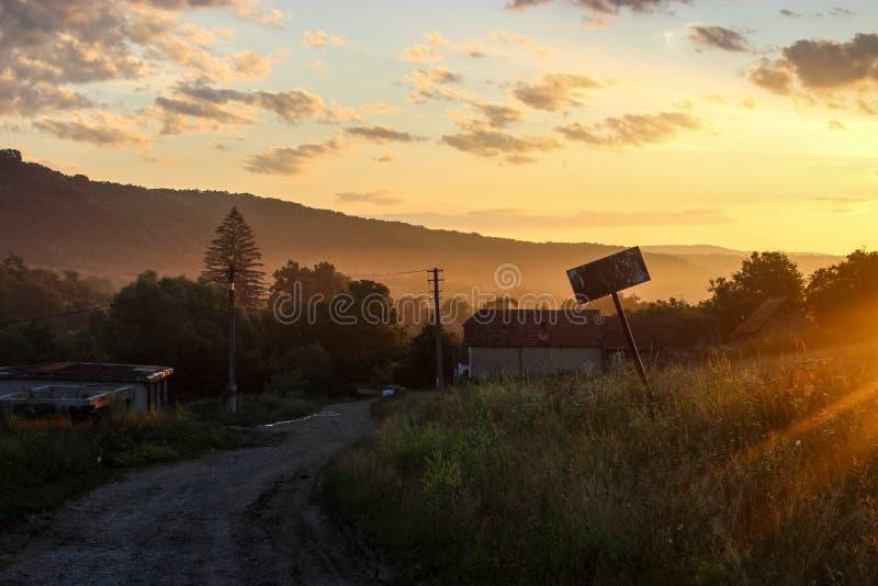 Dawn in Masendorf Transsylvanië Roemenië royalty-vrije stock afbeelding
