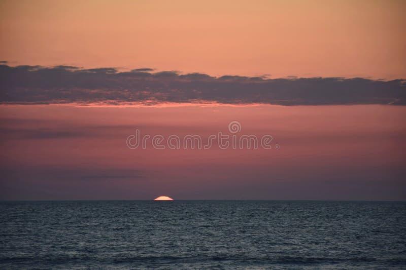 Dawn Peeking fotografia stock
