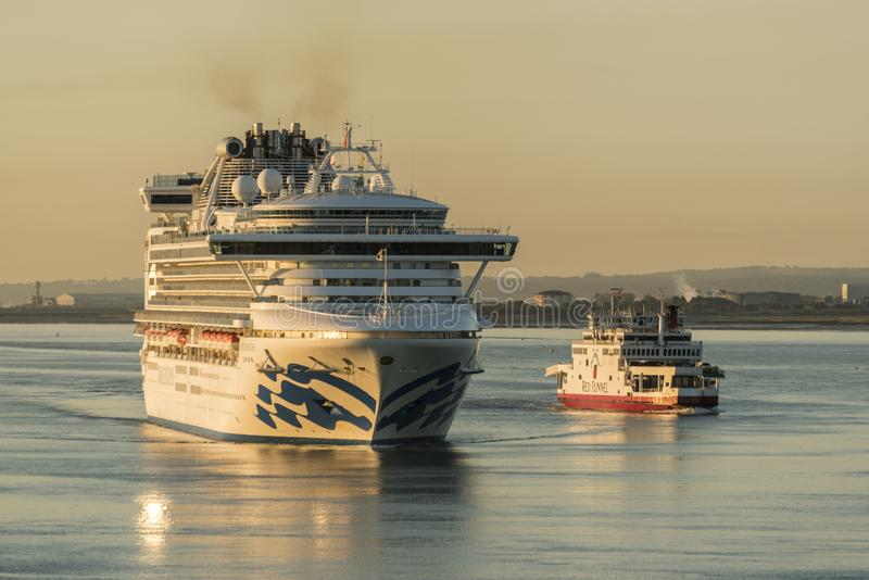 Dawn arrivals in Southampton royalty free stock photos