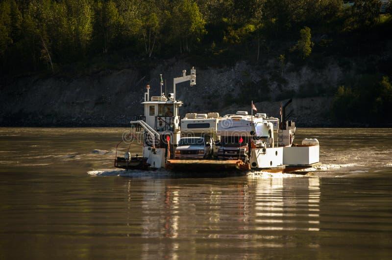 2006-06, Dawson City, USA, ferry dans le Yukon Rver photo libre de droits