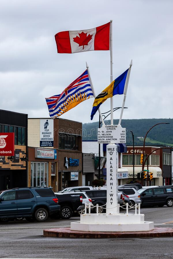 Dawson Creek und Alaska Highway starten in Kanada stockfotografie