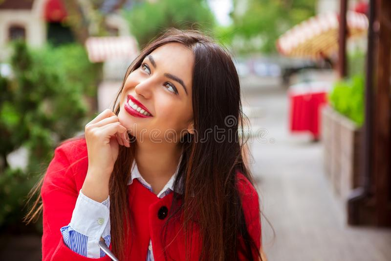 daydreaming женщина стоковая фотография