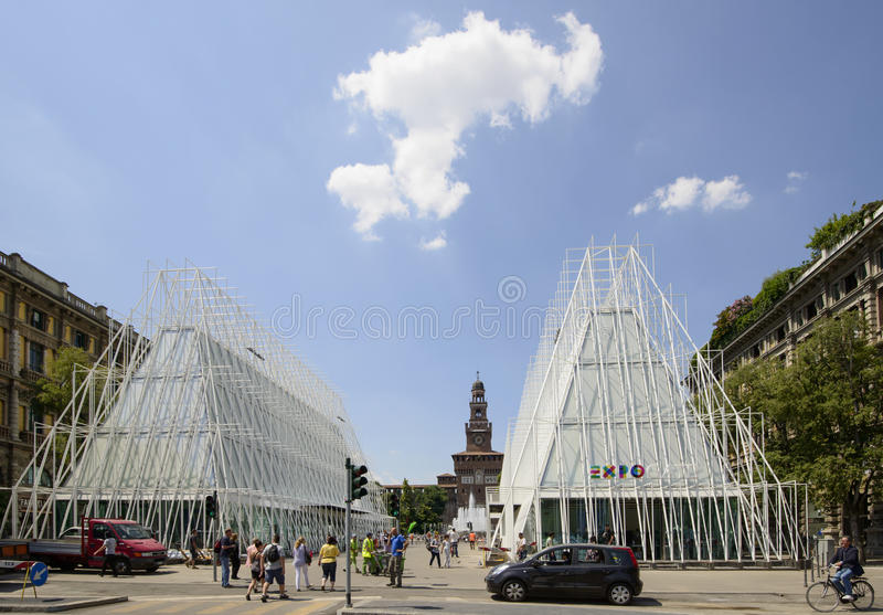 335 days to EXPO 2015, building site of expo gate in largo Cair. MILAN, ITALY -MAY 30: view of the building site of EXPO 2015 tourist information center near stock photos