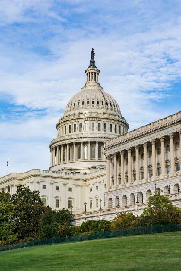 Daytime Landscape US Capitol Building Washington DC Grass Blue S. Ky stock photography