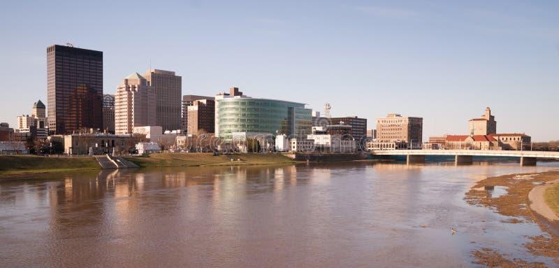 Dayton Ohio Downtown City Skyline Great Miami River stockbild