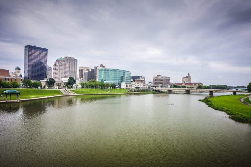 Dayton Ohio-Stadtskyline lizenzfreie stockfotos