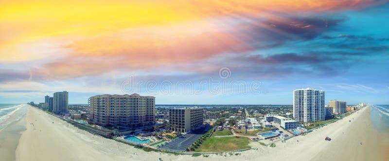 Daytona海滩鸟瞰图,佛罗里达 免版税库存图片