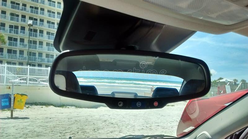 Daytona Beach in de achteruitkijkspiegel stock fotografie