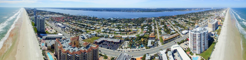 Daytona Beach, Florida Erstaunliche Vogelperspektive an einem schönen Tag lizenzfreie stockfotos