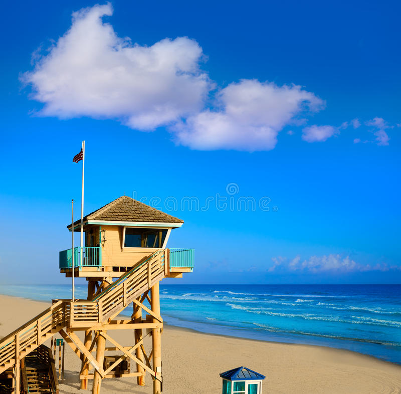 Free Daytona Beach In Florida Baywatch Tower USA Royalty Free Stock Image - 73505156
