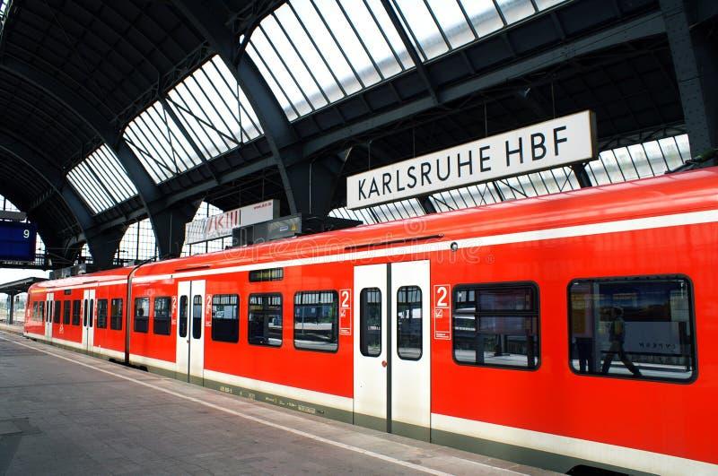 db德国卡尔斯鲁厄火车站 库存照片