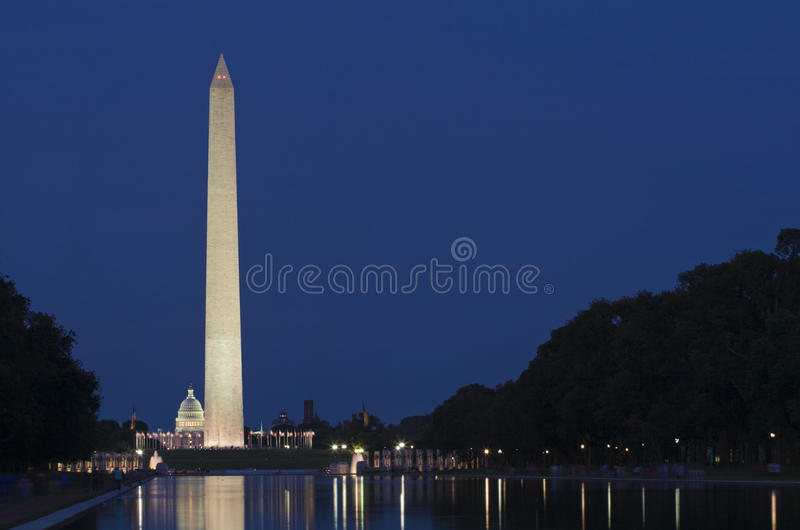 dc纪念碑晚上华盛顿 库存图片