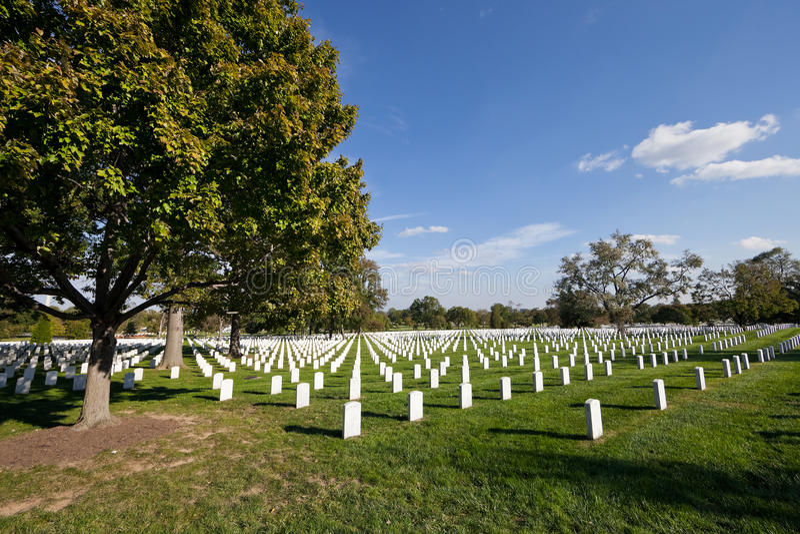 DC ВАШИНГТОНА - кладбище Арлингтона национальное стоковая фотография rf