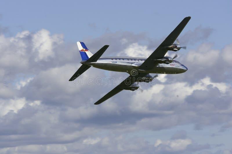 Download DC-6B redaktionell fotografering för bildbyråer. Bild av vingar - 37347859