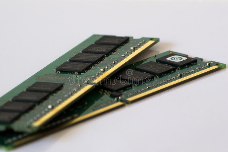 Ddr2 Sdram Stands For Double Data Rate Synchronous Dynamic Random-access Memory Interface. These Modules Are Used In Desktop Pcs & Free Public Domain Cc0 Image