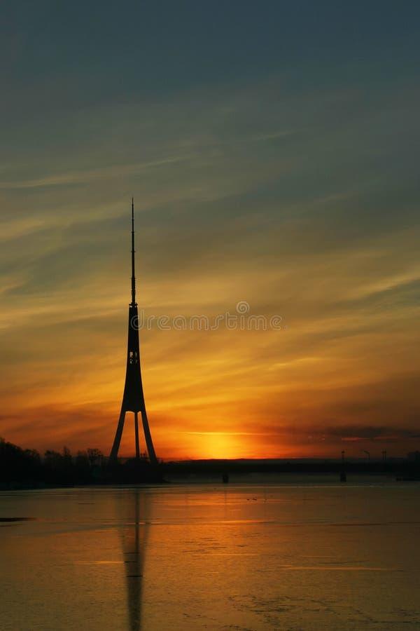 de 3de hoogste toren van TV in Europa stock afbeeldingen