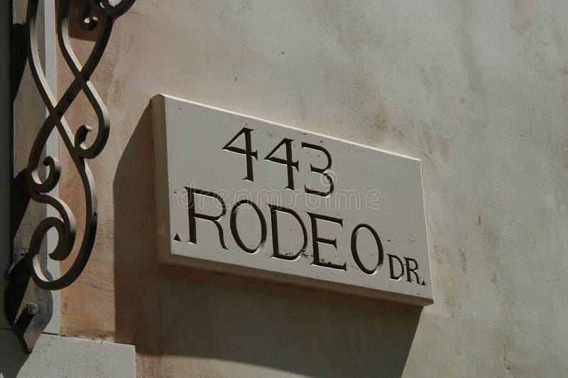 Download De Aandrijving Van De Rodeo Redactionele Fotografie - Afbeelding bestaande uit amerika, handelsmerk: 25477