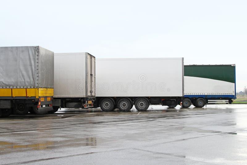 De aanhangwagens van de vrachtwagen royalty-vrije stock fotografie