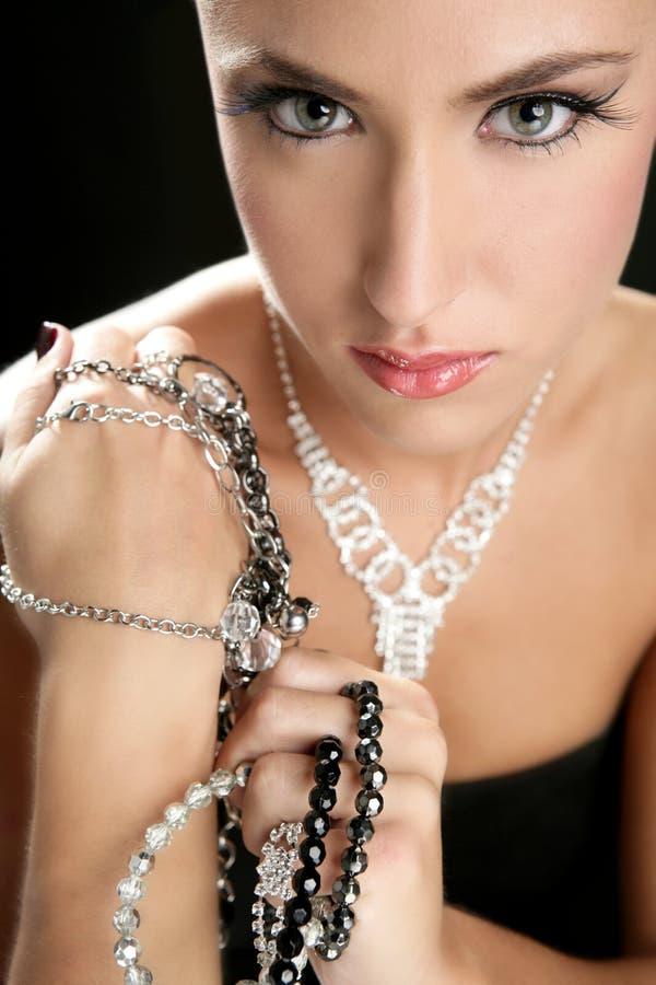De aantrekkelijke juwelen van de manier elegante vrouw royalty-vrije stock foto's