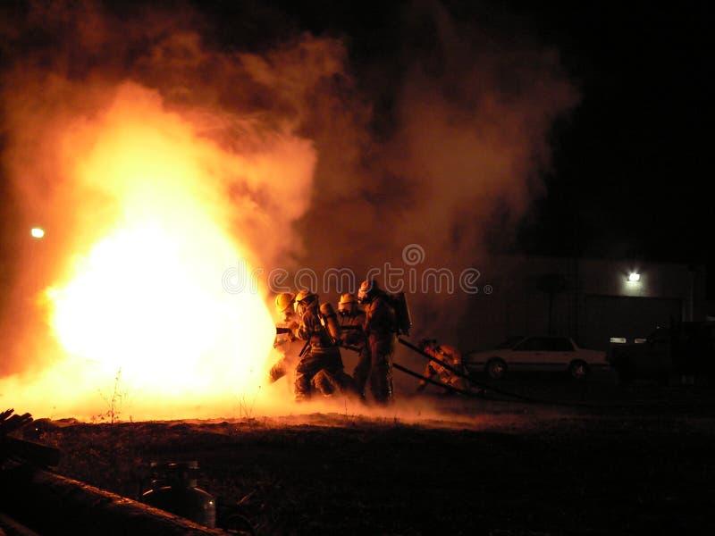 De Aanval van de brand stock afbeeldingen