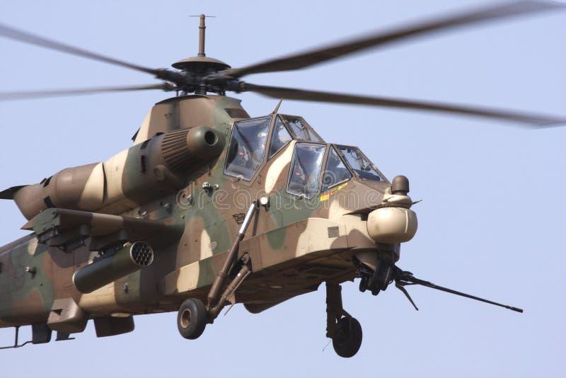 De aanvalshelikopter van Rooivalk
