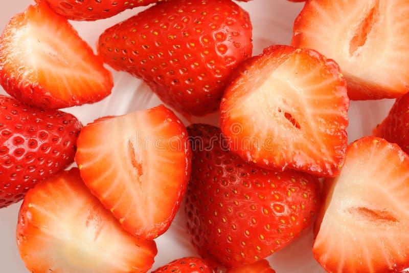 De aardbeien van de besnoeiing stock foto