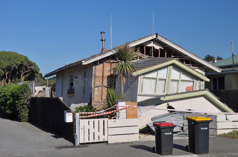 De Aardbeving van Christchurch - de Nieuwe Dalingen van het Huis van Brighton stock foto
