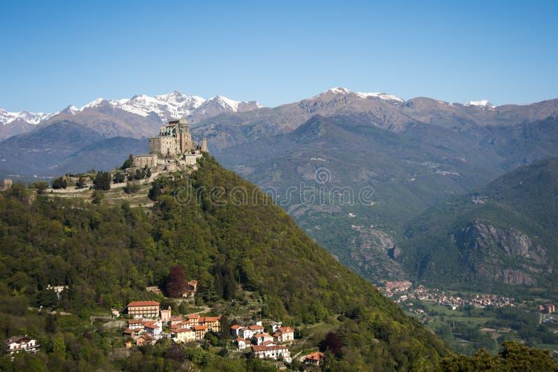 De Abdij van heilige Michael ` s van Val di Susa, Turijn, Italië stock afbeeldingen