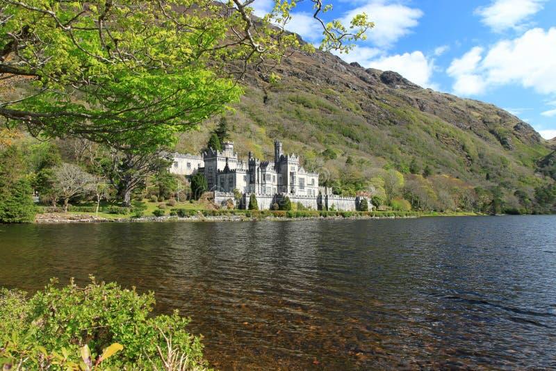 De Abdij van Kylemore in Ierland. royalty-vrije stock foto