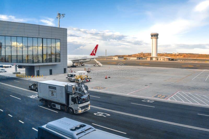 11 de abril de 2019: Aeroporto internacional do aeroporto novo de Istambul fotografia de stock royalty free