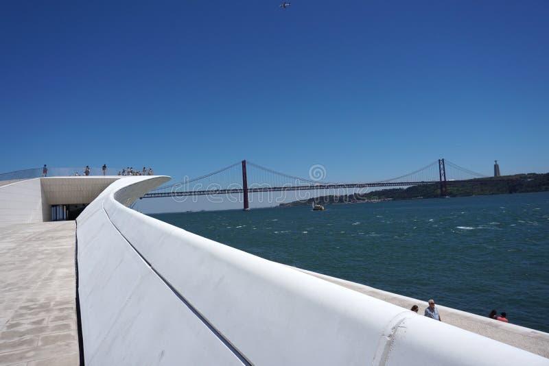 25 de Abril Bridge à Lisbonne, Portugal image libre de droits