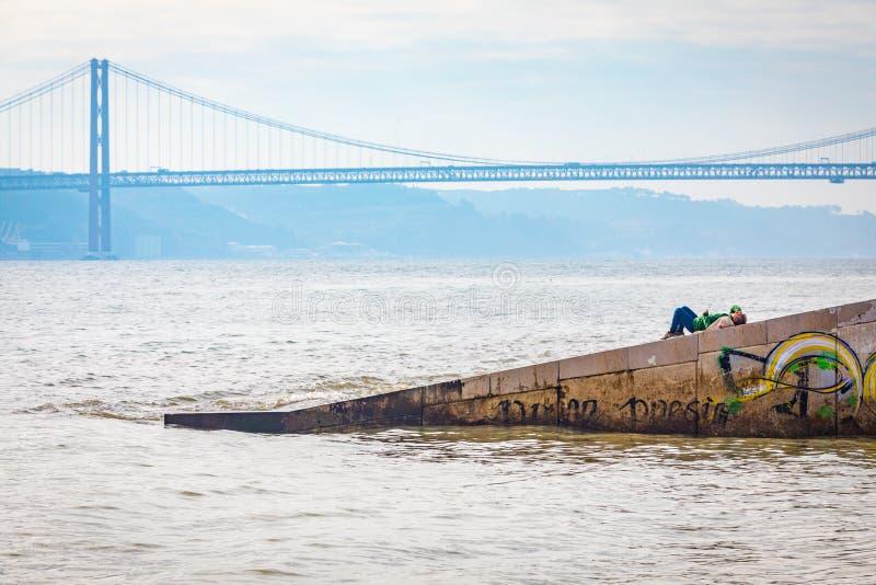 25 DE Abril Bridge Lissabon, Portugal royalty-vrije stock afbeelding