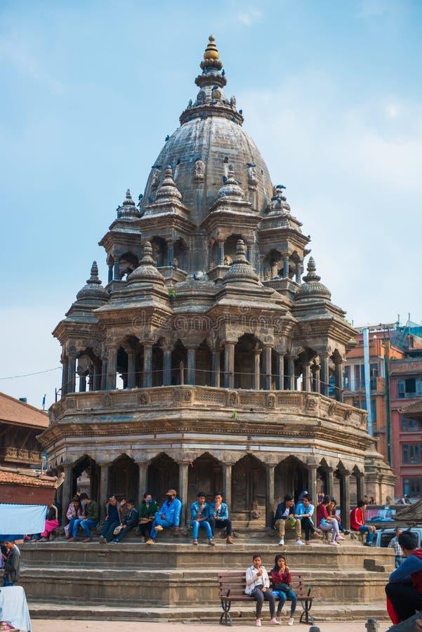 17 de abril de 2018 - Nepal:: Vieja arquitectura en el cuadrado de Patan Durbar fotografía de archivo