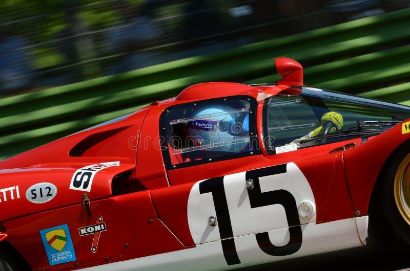 21 de abril de 2018: Unknow conduz o protótipo de Lunga da coda de Ferrari 512 S durante o festival 2018 da legenda do motor em I imagem de stock royalty free