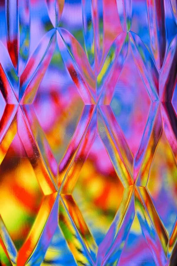 De abstracte kleurrijke achtergrond van het besnoeiingsglas stock illustratie
