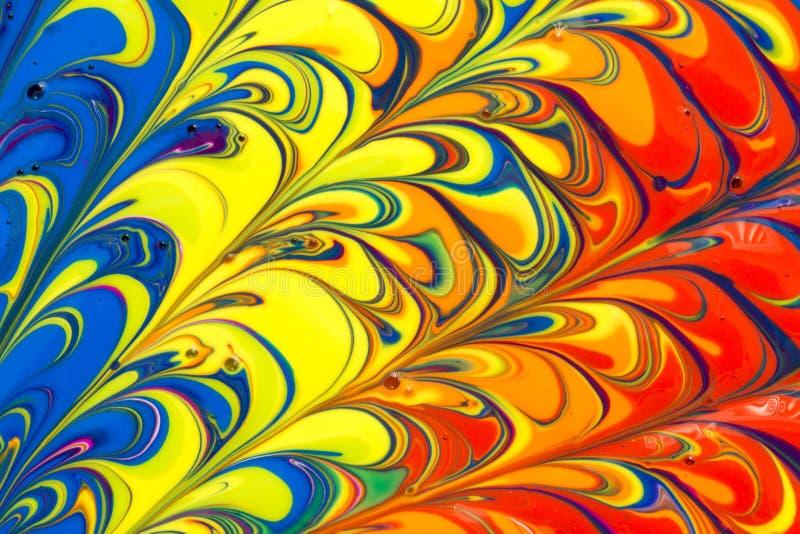 De abstracte multicolored vloeibare verf wervelt achtergrond stock foto