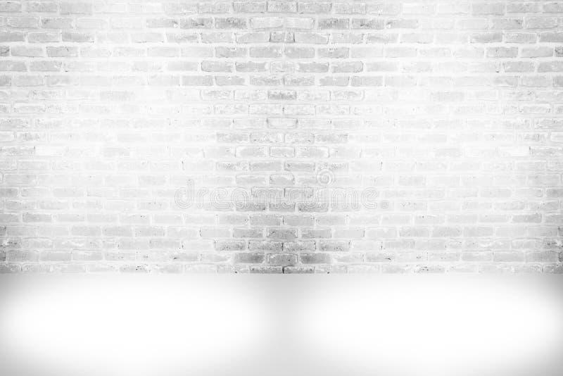 De abstracte oude achtergrond van de verf witte bakstenen muur, grunge roestig stock foto